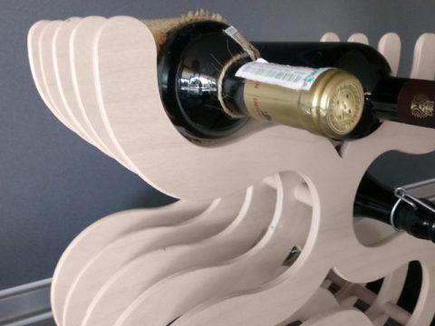 поставка за бутилки вино